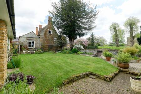 Litchborough Farmhouse