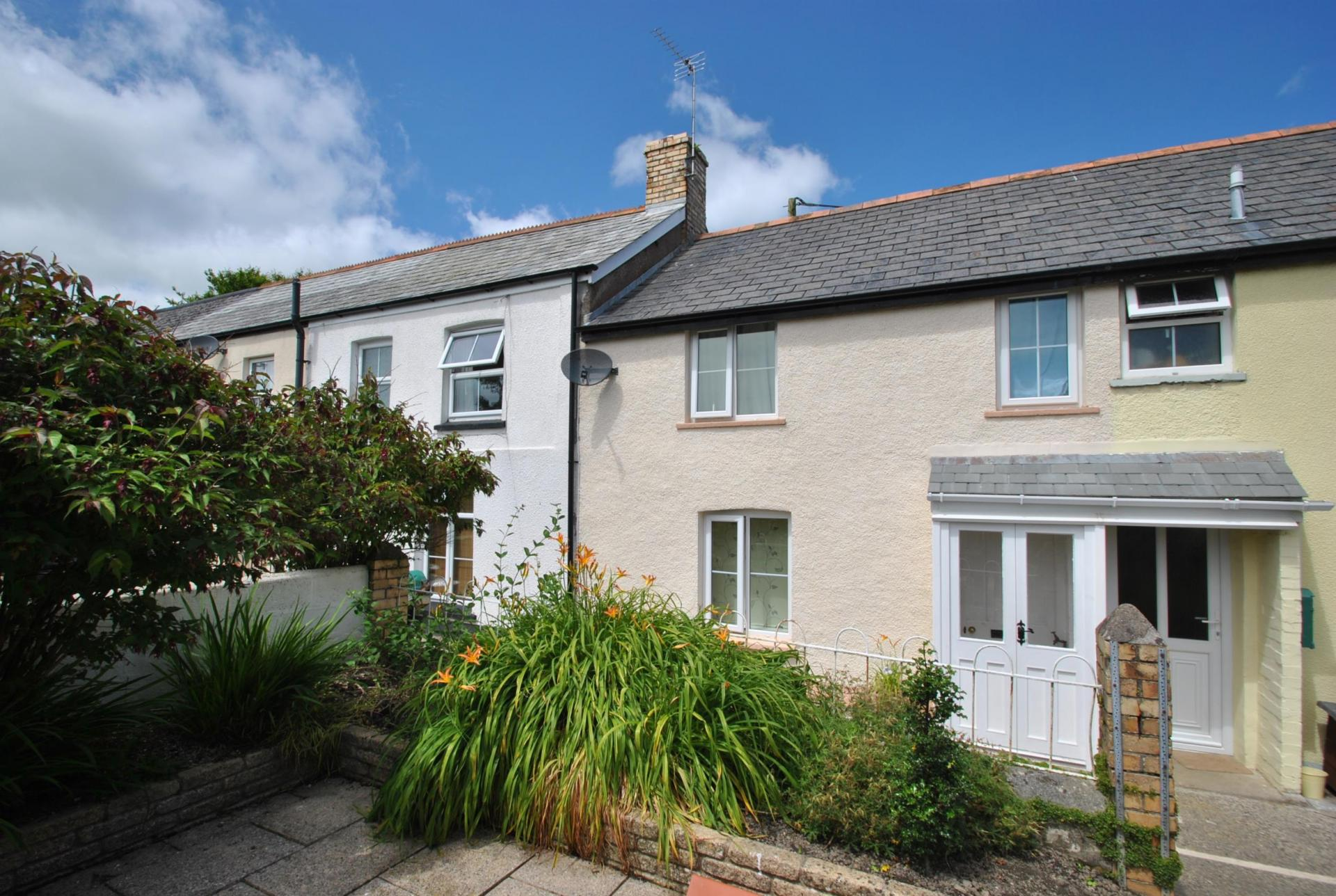 2 Bedroom Terraced House For Sale In Holsworthy