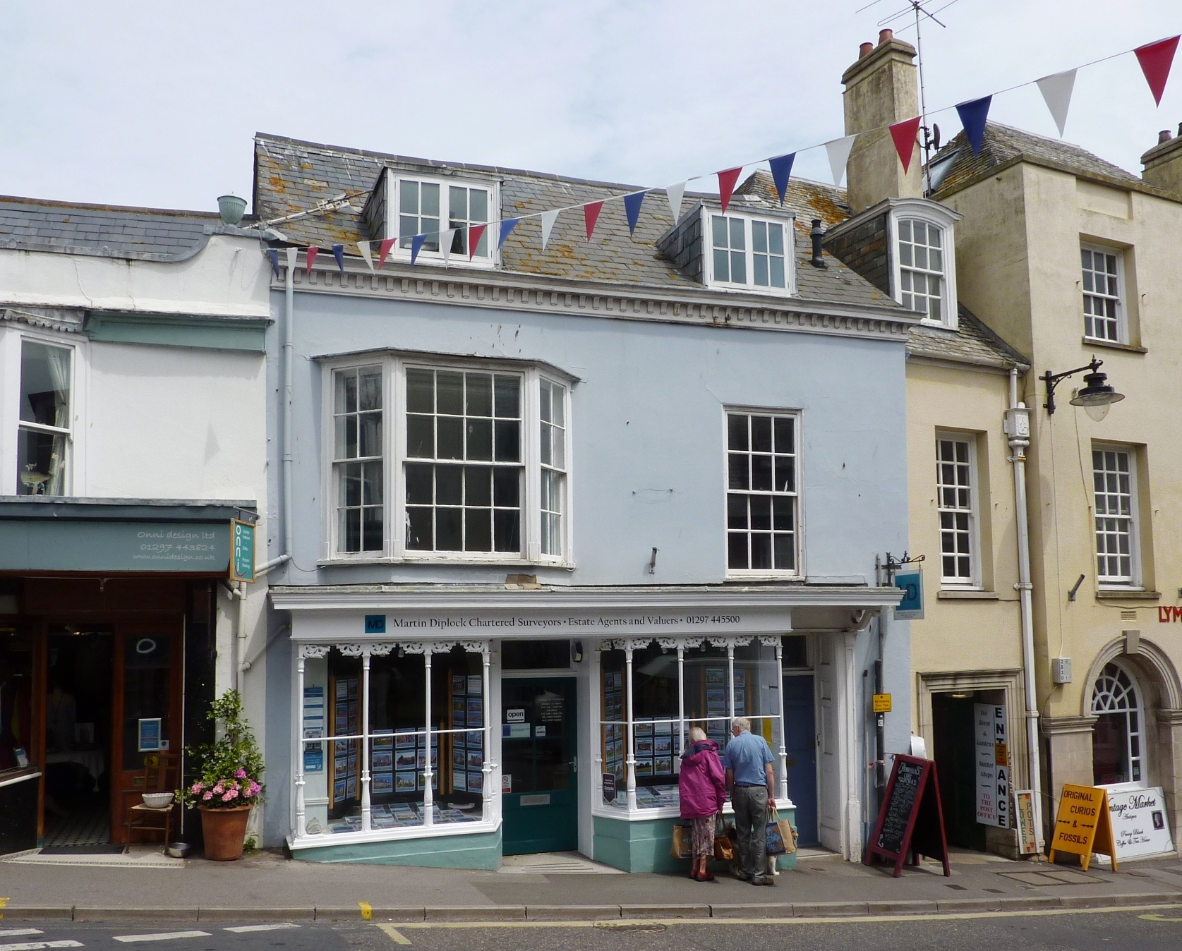 2 Bedrooms Maisonette Flat for sale in Lyme Regis