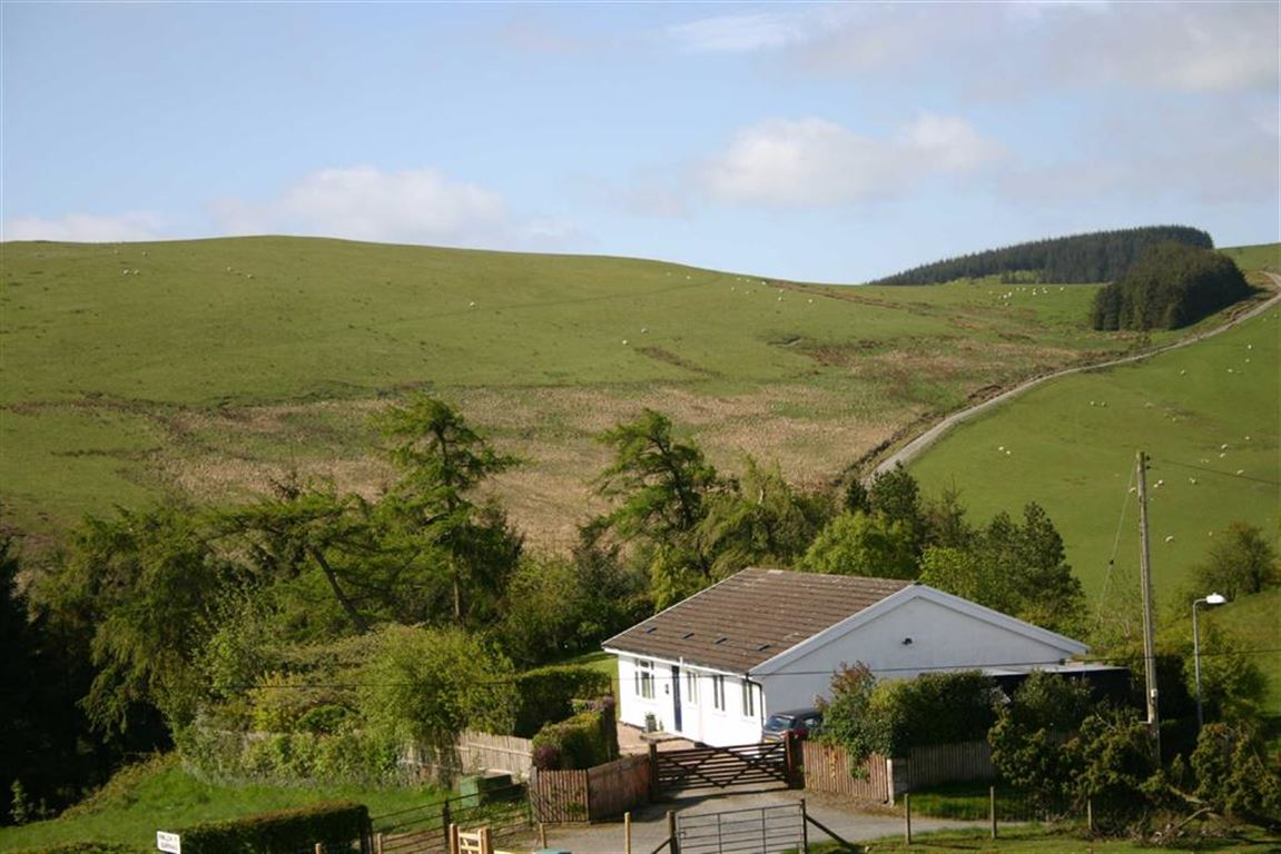 Property For Sale In Rhayader Ld