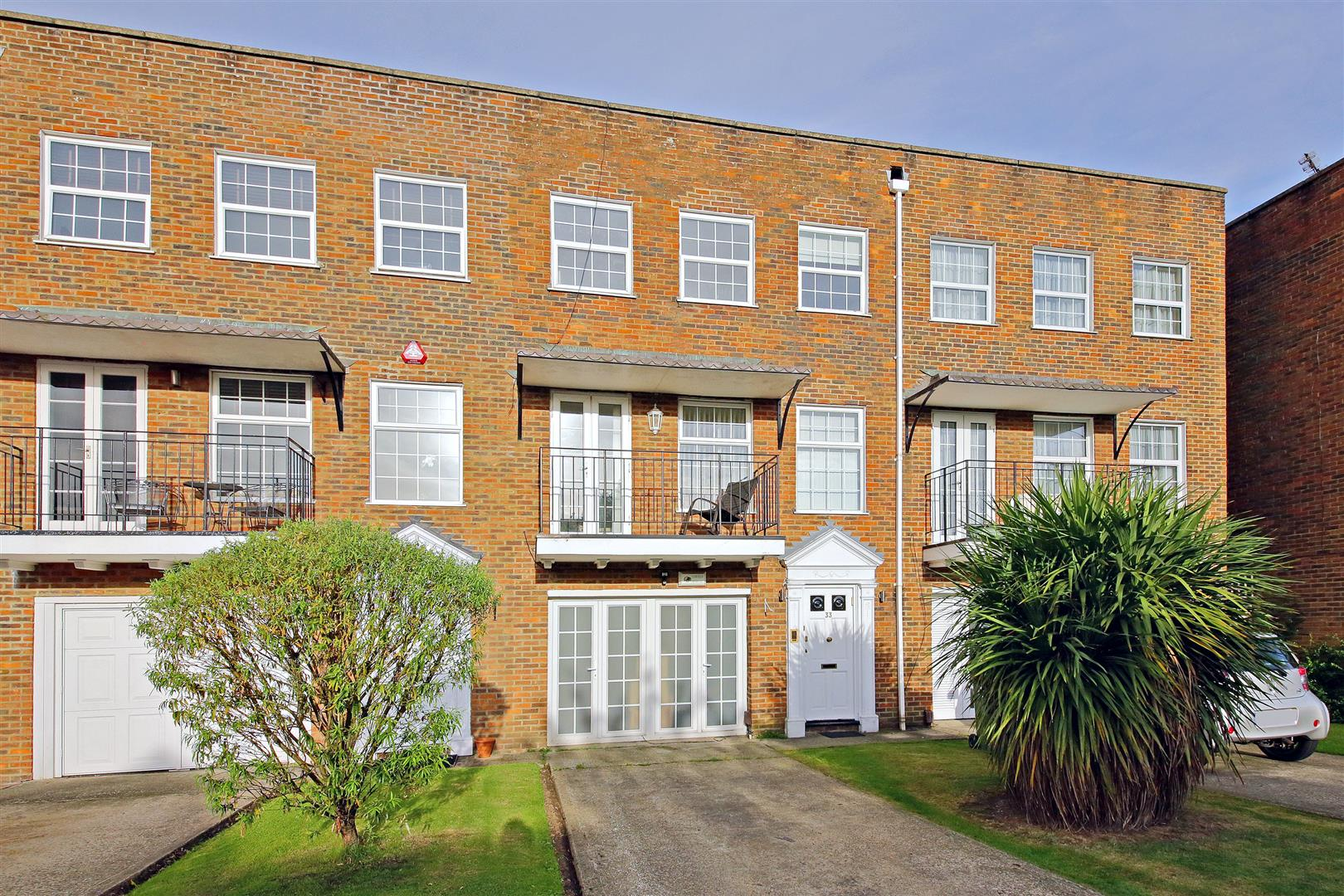3 bedroom town house for sale in borehamwood