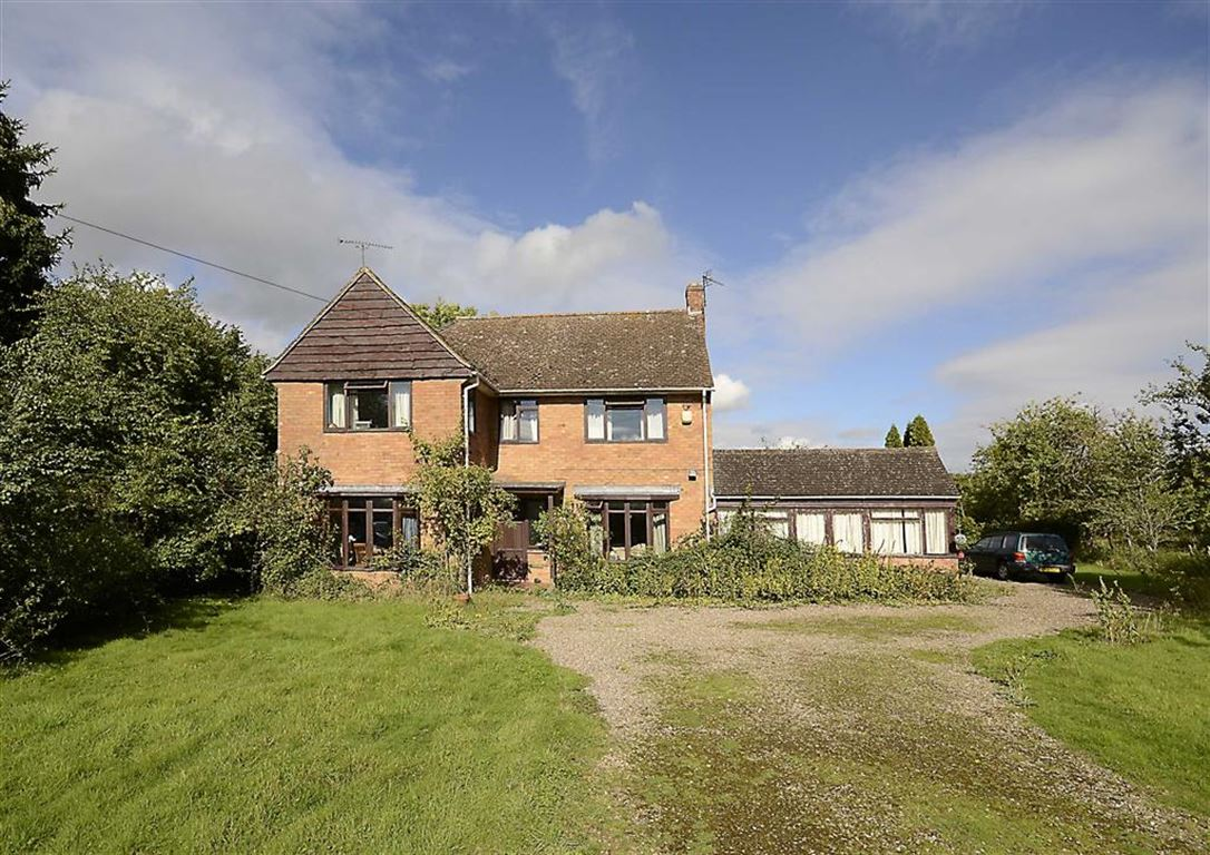 Property For Sale In Callow End Worcs