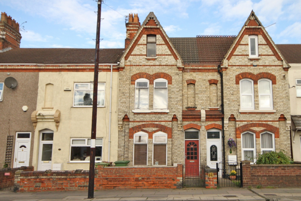 3 Bedrooms Property for sale in CROMWELL ROAD, GRIMSBY