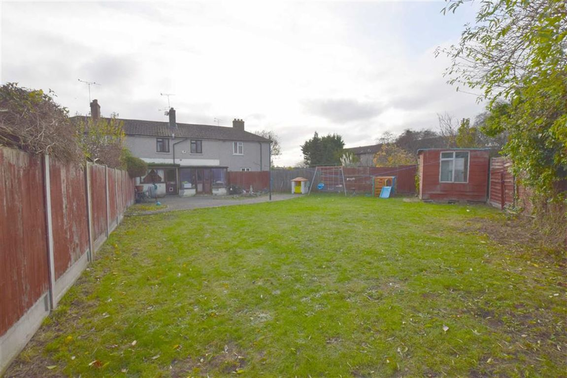 2 Bedroom Terraced House For Sale In Stanford Le Hope
