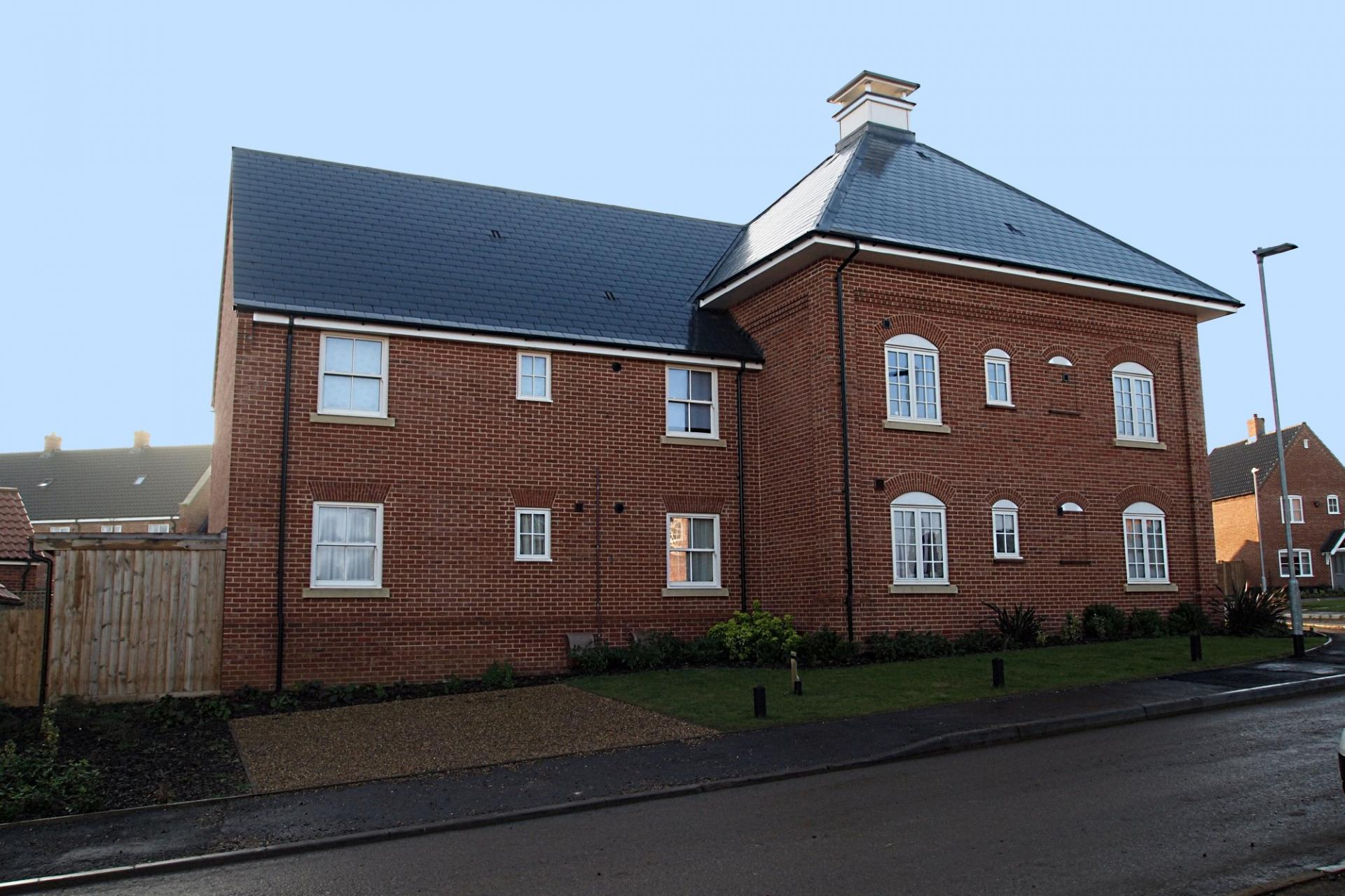 2 Bedroom Apartment For Sale In Norfolk
