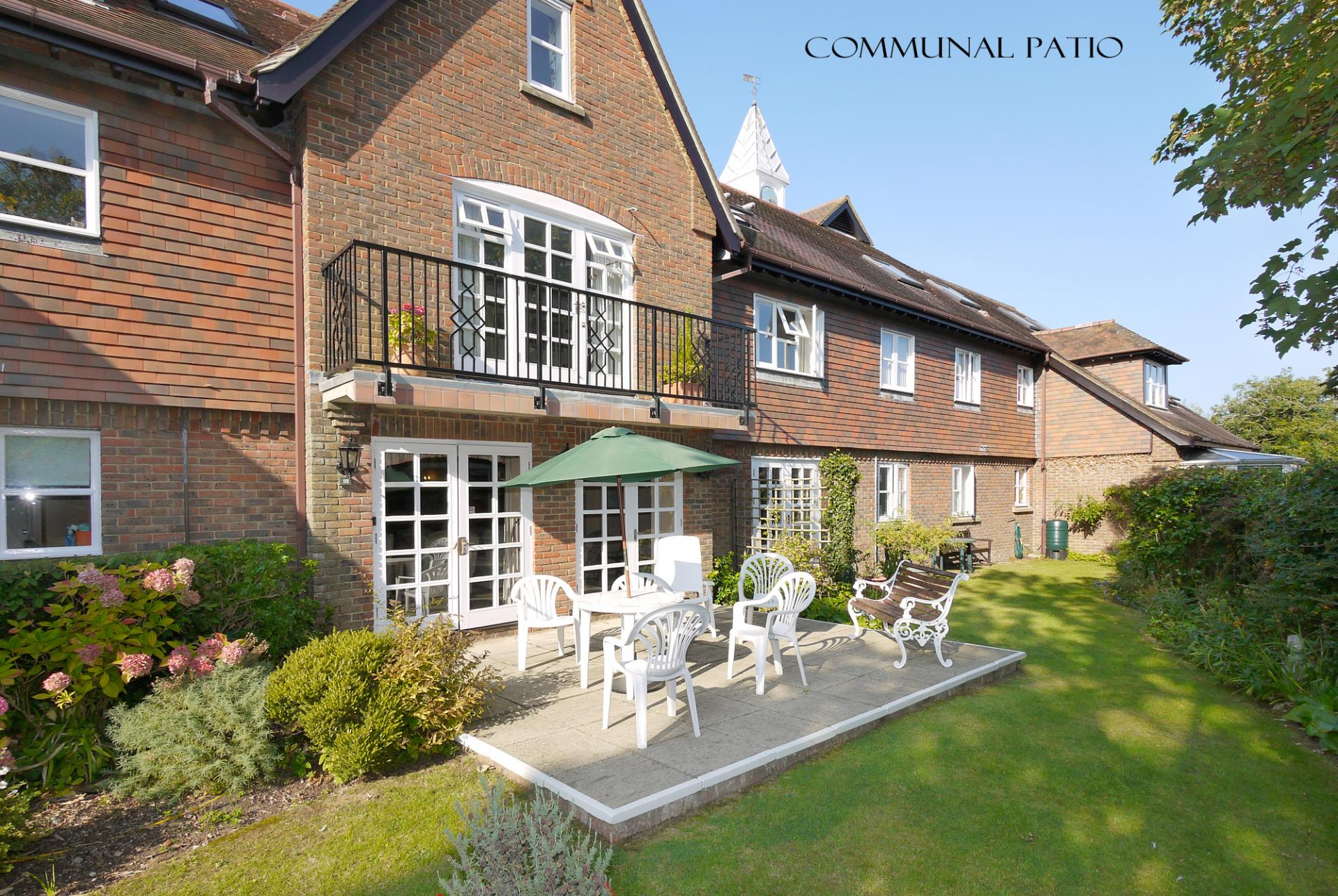 2 Bedroom Apartment For Sale In Lymington
