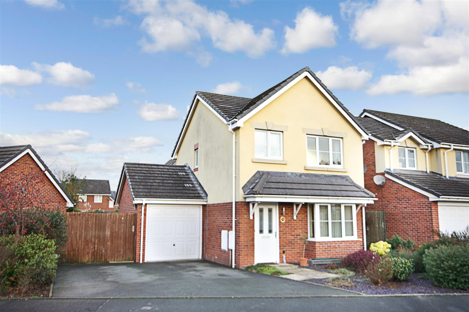 Property For Sale Four Crosses Llanymynech
