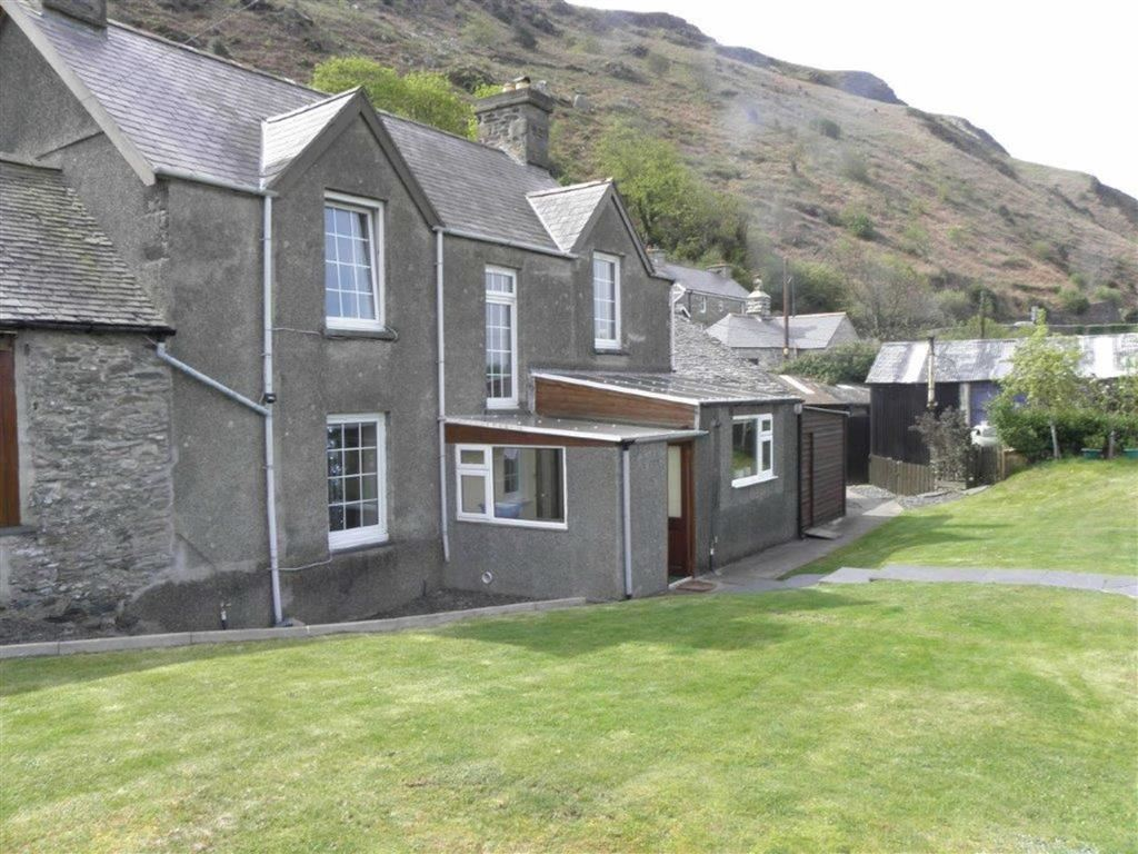 Property For Sale In Fairbourne
