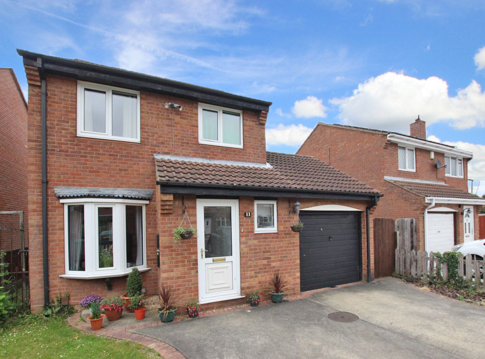 3 Bedrooms Detached House for sale in TUMMEL COURT, IMMINGHAM