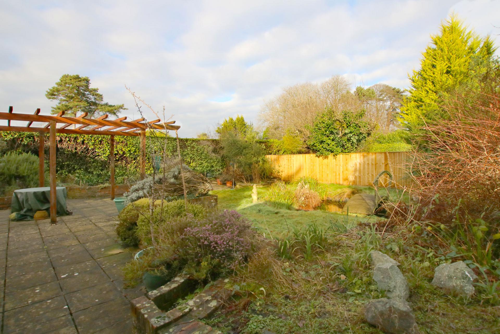 Property For Sale In Courtenay Place Lymington
