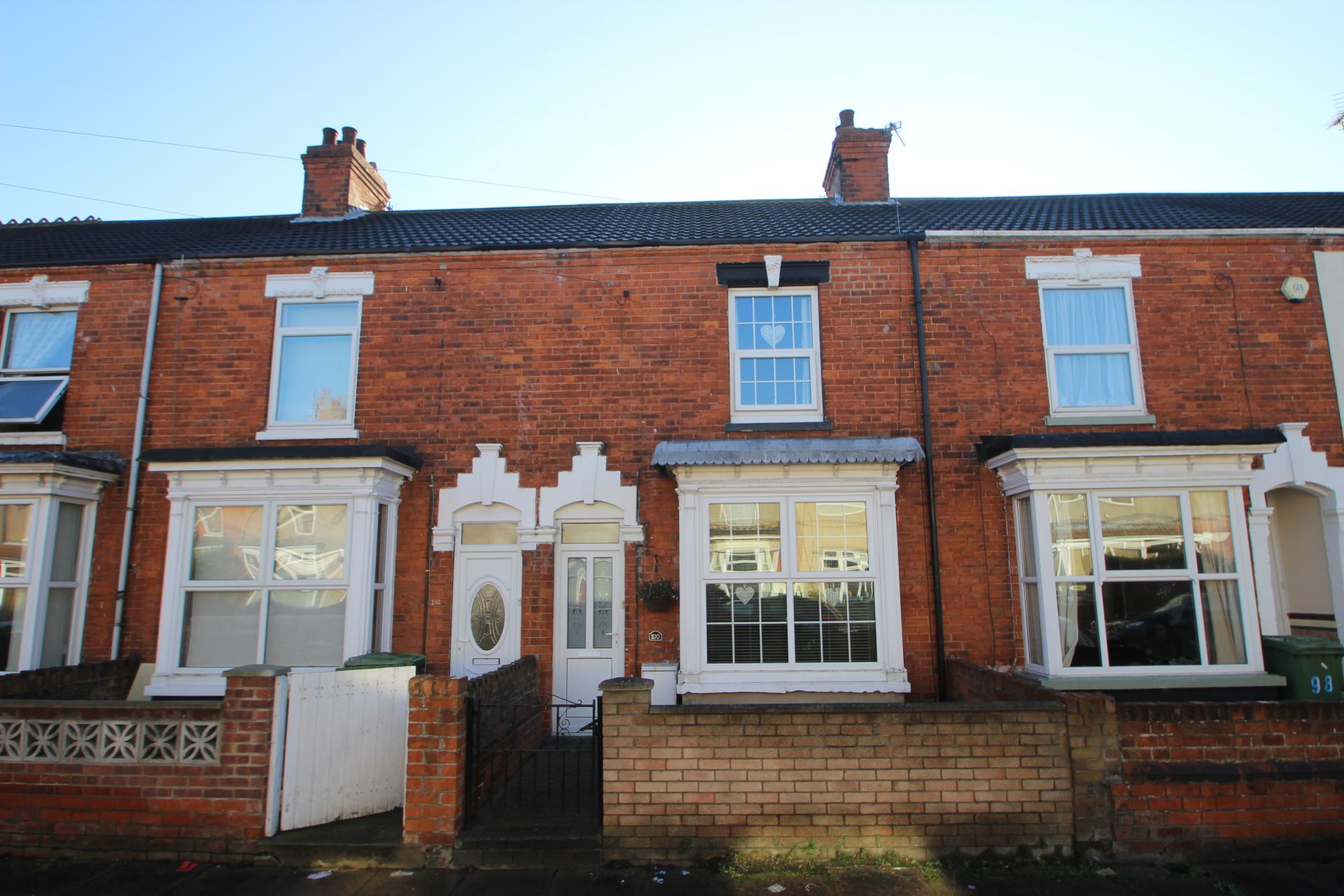3 Bedrooms Terraced House for sale in TORRINGTON STREET, GRIMSBY