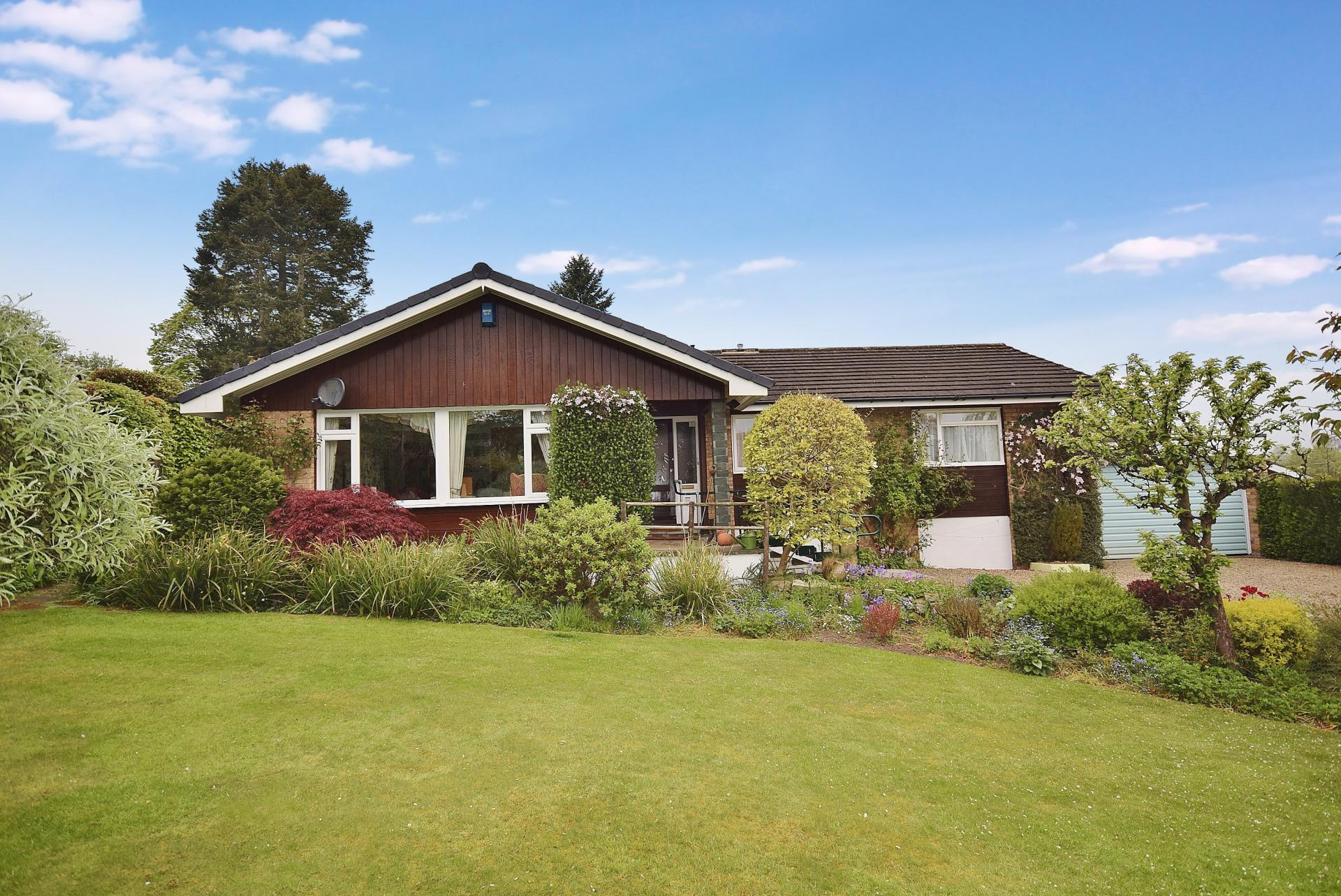 3 Bedrooms Bungalow for sale in Causey Park, Hexham