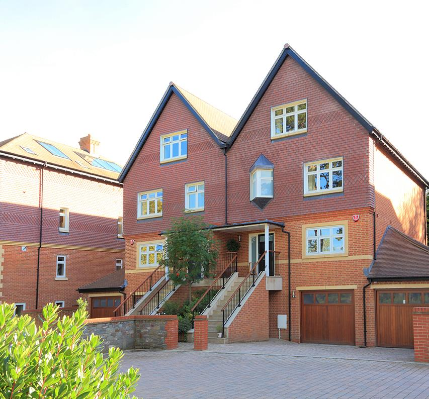 4 Bedroom Semi-Detached House For Sale In Leigh Woods