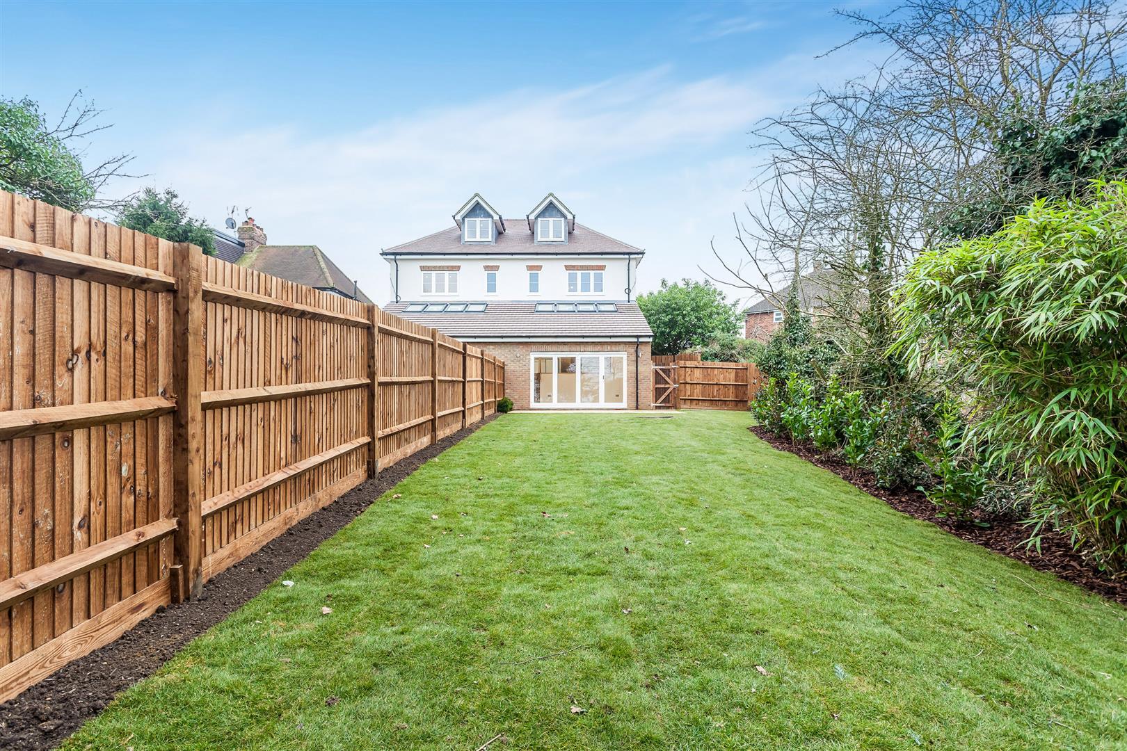 4 Bedroom Semi Detached House For Sale In Bushey