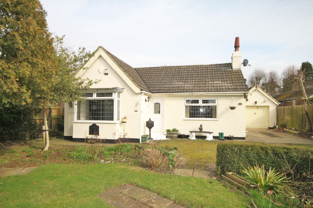 3 Bedrooms Bungalow for sale in LOUTH ROAD, NEW WALTHAM
