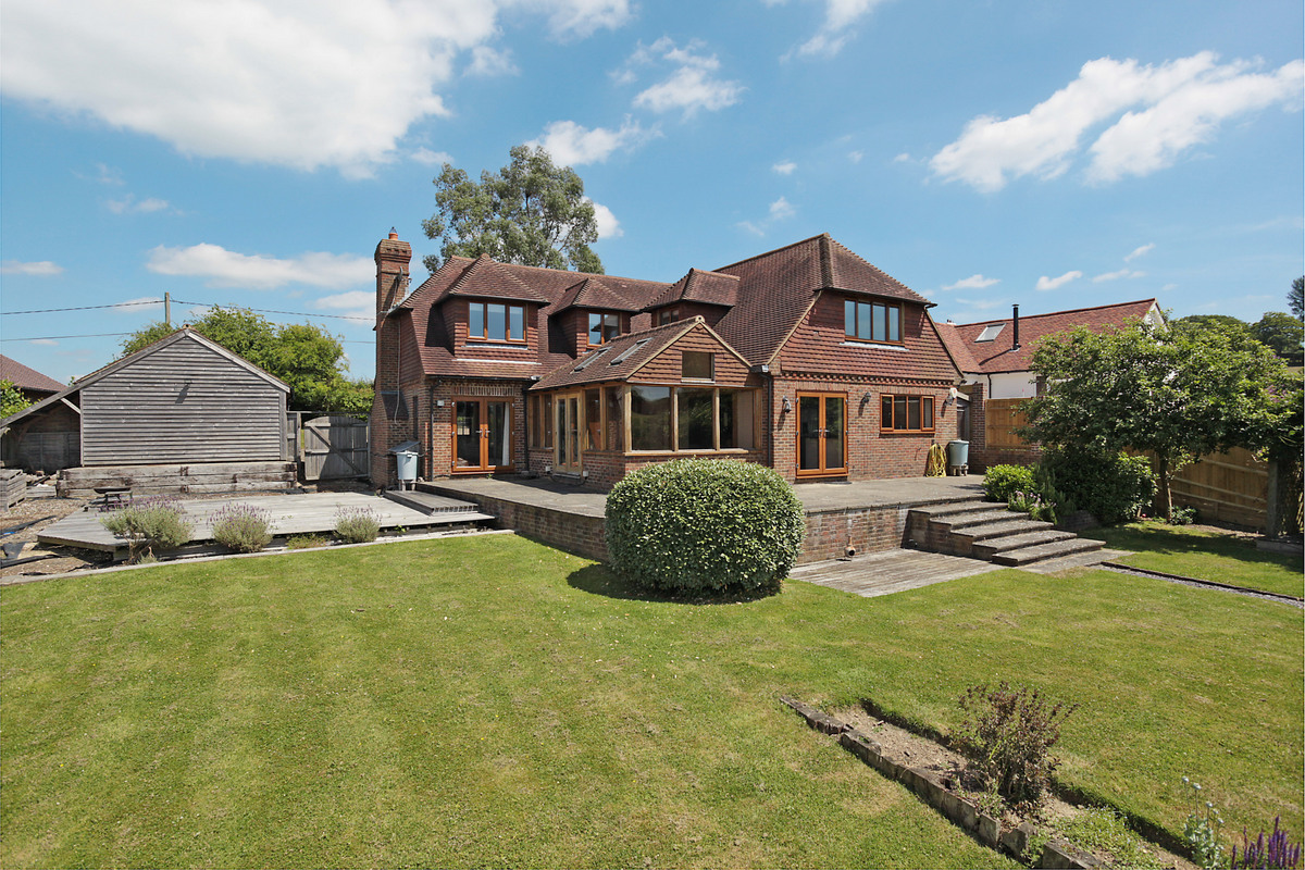 4 Bedroom Detached House For Sale In Uckfield