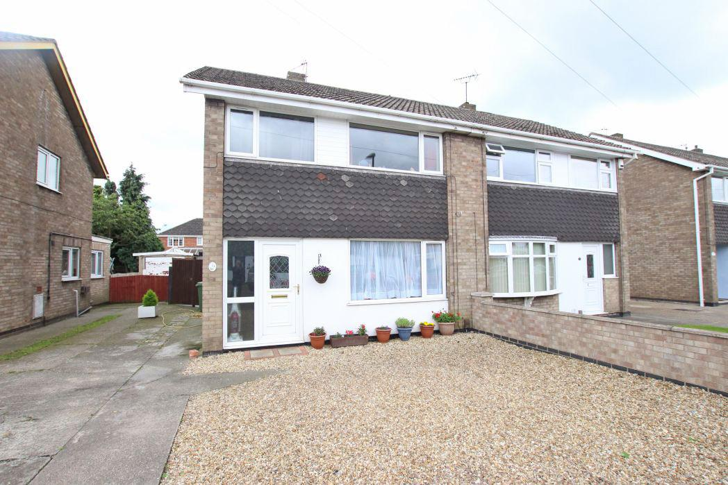 4 Bedrooms Semi Detached House for sale in COPSE CLOSE, IMMINGHAM