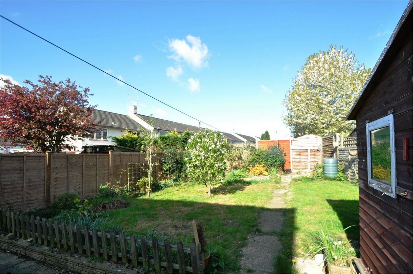 3 bedroom end of terrace house for sale in welwyn garden city for Home extension design welwyn garden city