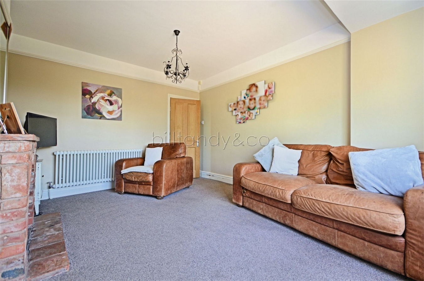 5 Bedroom End Of Terrace House For Sale In United Kingdom