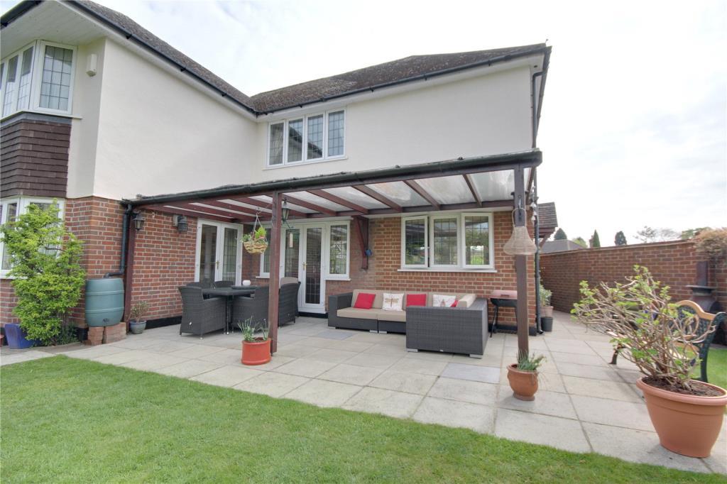 Property For Sale  Green Lane Chertsey