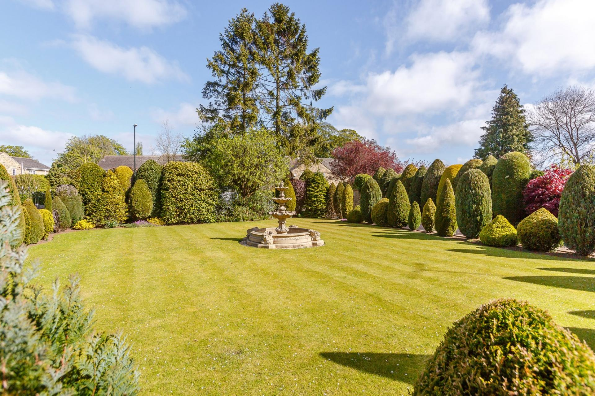 3 Bedroom Detached House For Sale In Wetherby