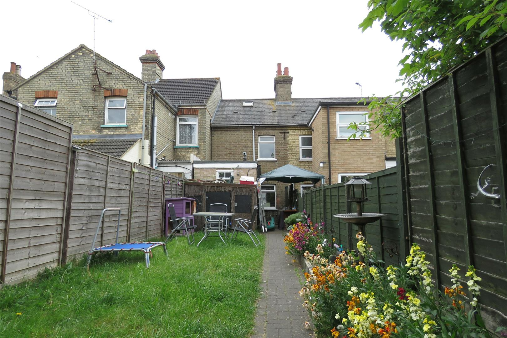 Property For Sale In Biggleswade