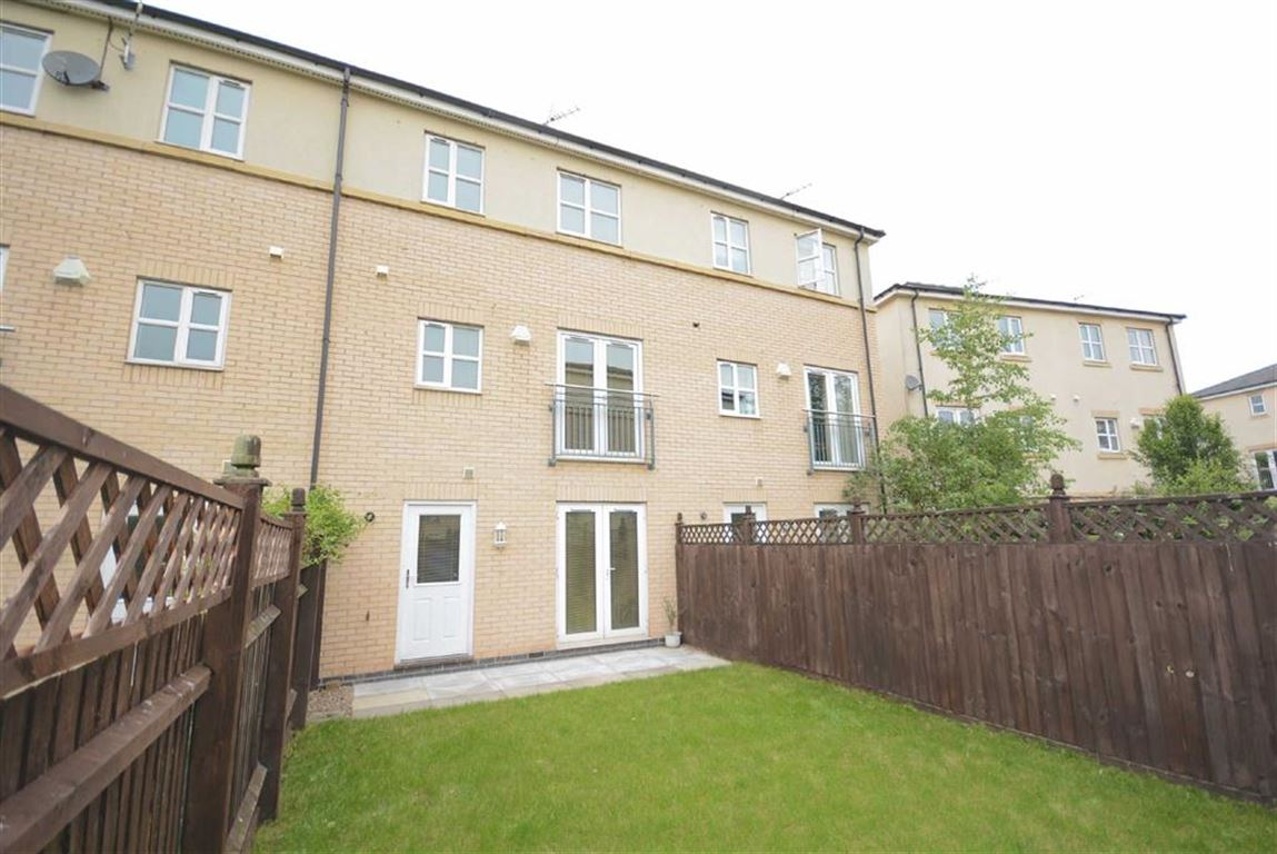 3 Bedroom Town House For Sale In Nottingham