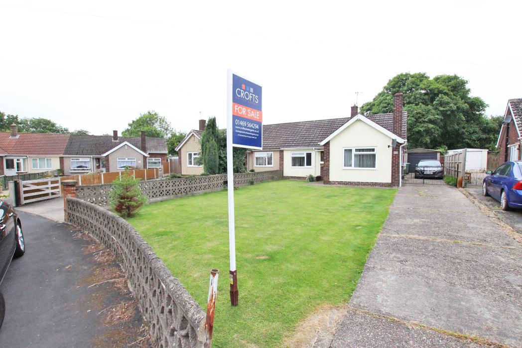 3 Bedrooms Bungalow for sale in CLYFTON CRESCENT, IMMINGHAM