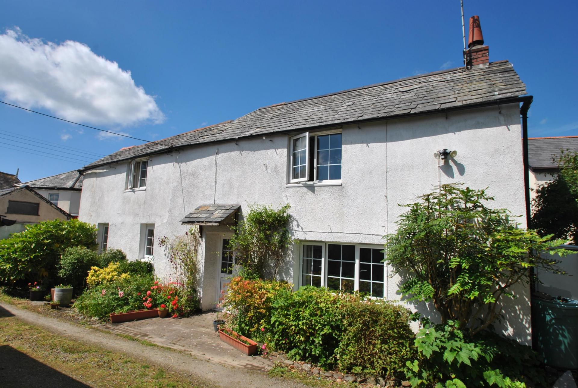 2 Bedroom Detached House For Sale In Bude