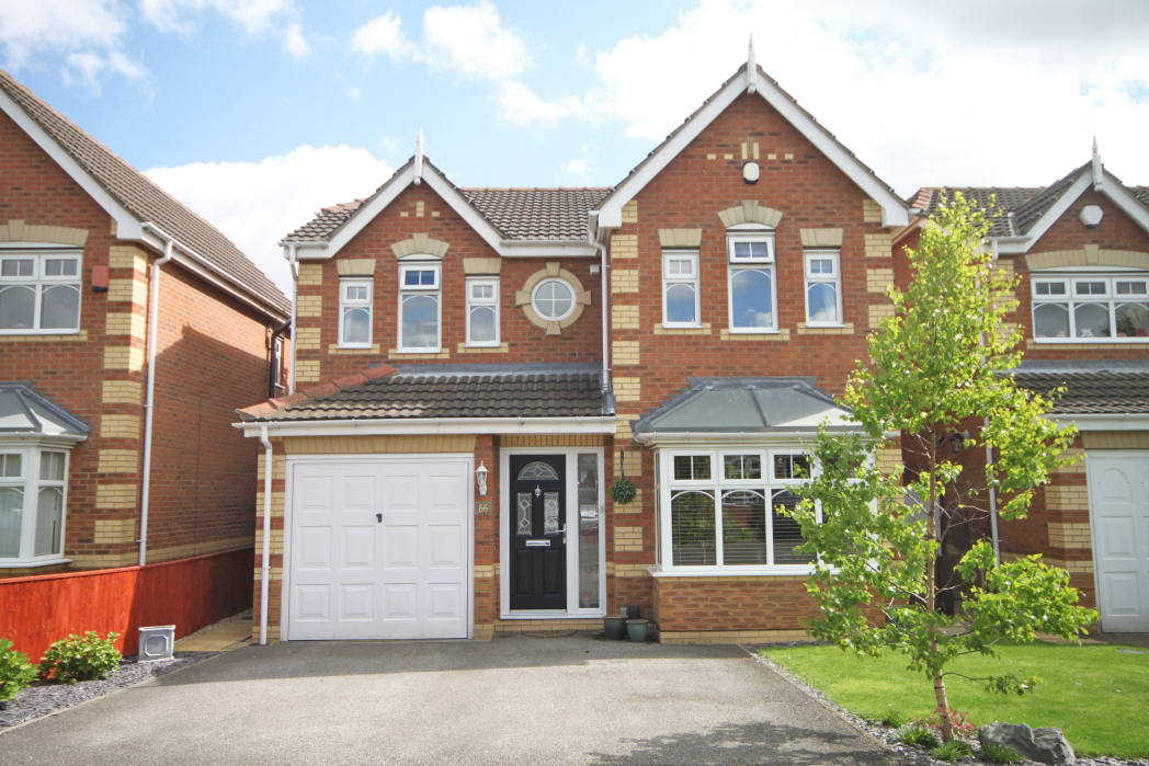 4 Bedrooms Detached House for sale in MARLBOROUGH WAY, CLEETHORPES