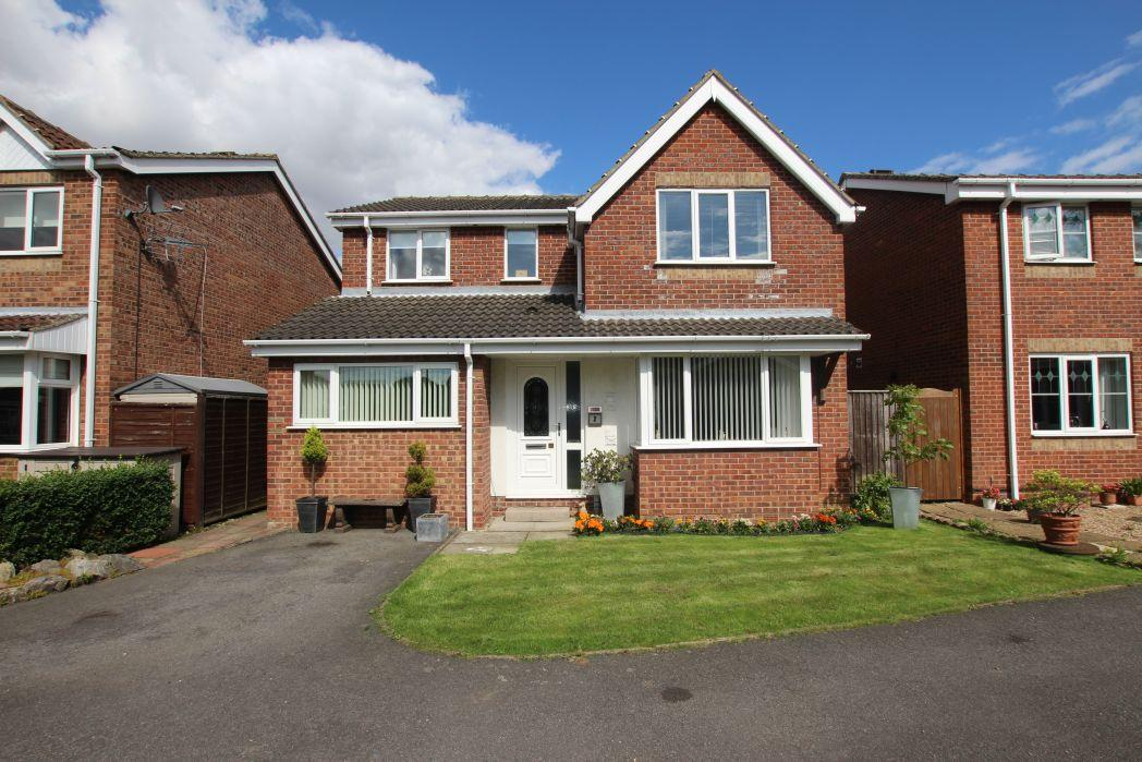 4 Bedrooms Detached House for sale in LYDIA COURT, IMMINGHAM