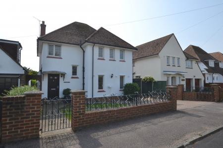 Bartholomew Close, Saltwood, Kent