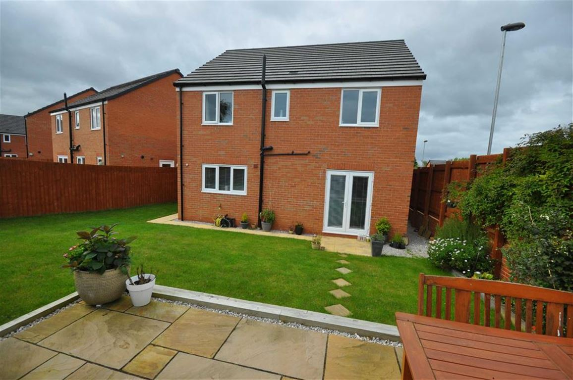 4 bedroom detached house for sale in buckley for Buckley house
