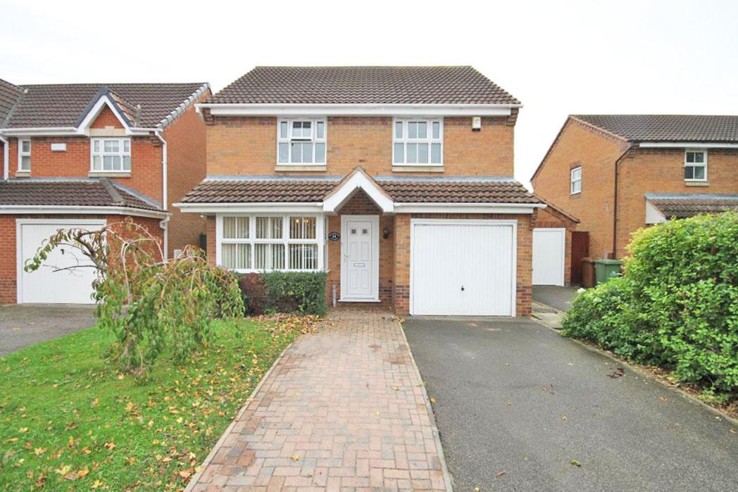 3 Bedrooms Detached House for sale in PENDEEN CLOSE, NEW WALTHAM