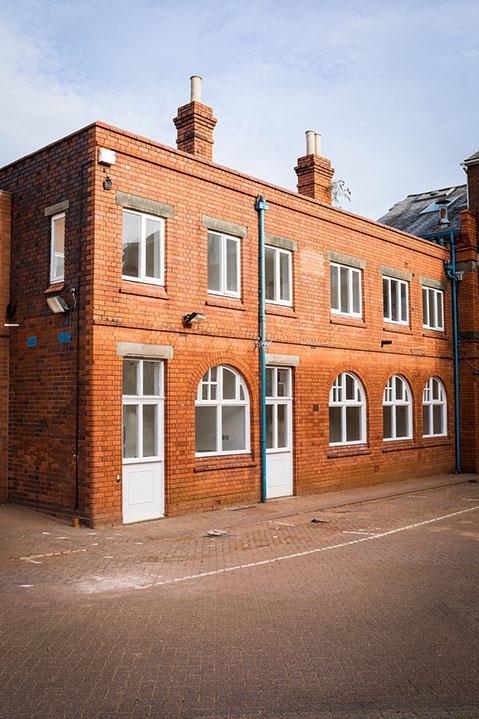 3 Bedroom Town House For Sale In Birmingham