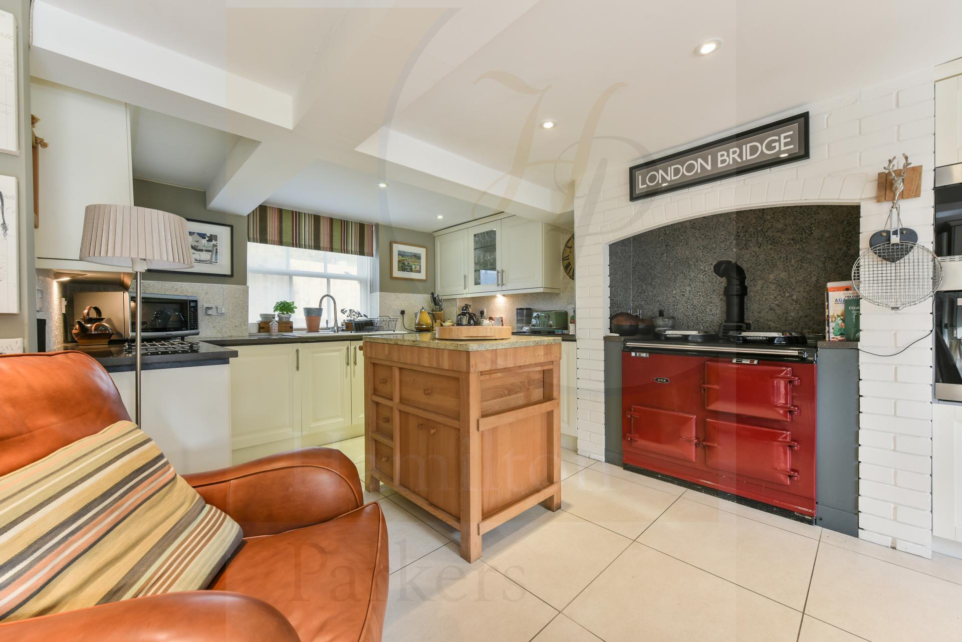 5 Bedrooms Property for sale in West Dean, Salisbury
