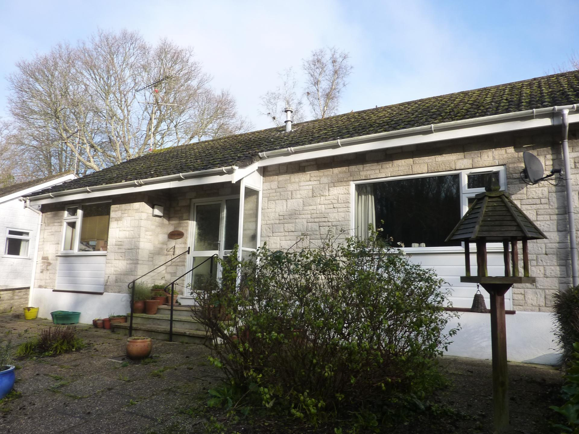 2 Bedrooms Bungalow for sale in Windsor Terrace, Lyme Regis