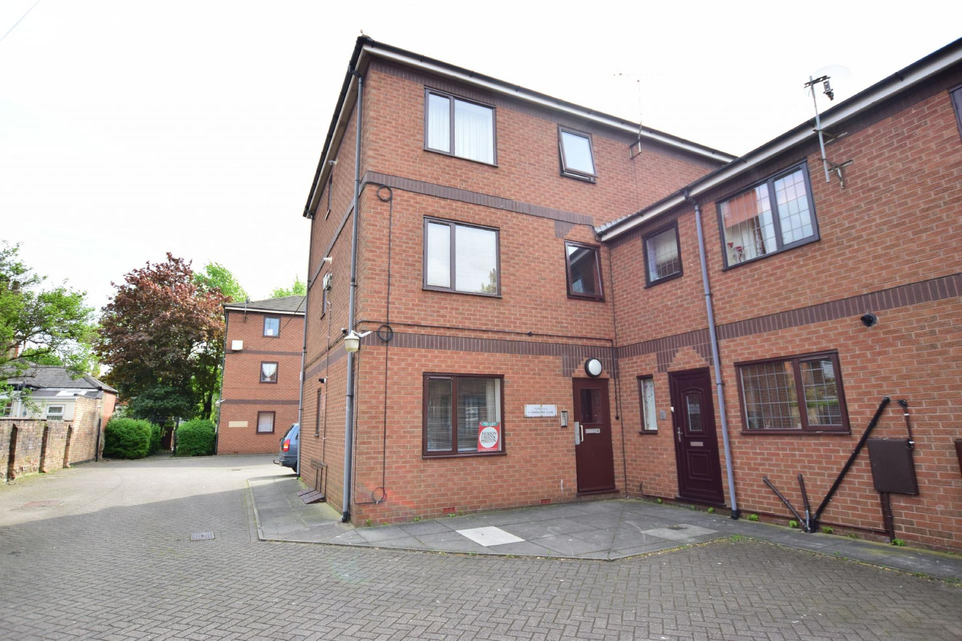 Property For Sale  Sixhills Street Grimsby