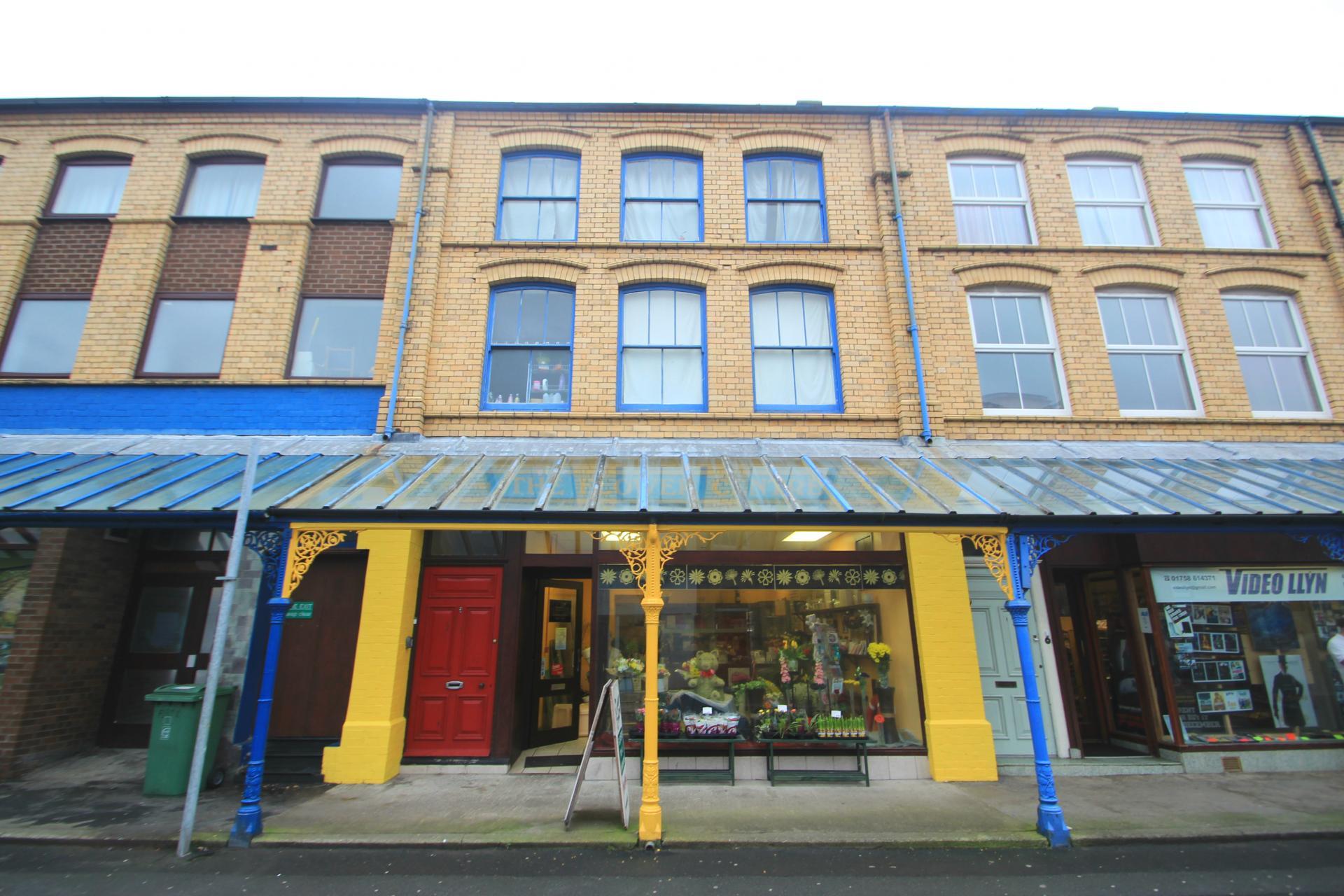 Property For Sale In Pwllheli Area