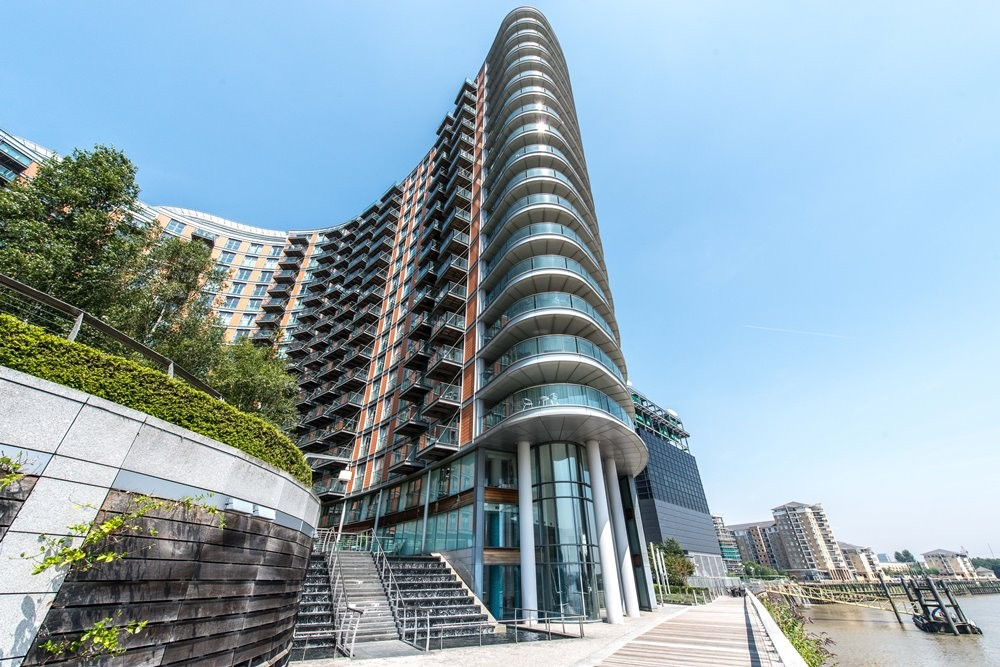 3 Bedroom Apartment For Sale In Canary Wharf