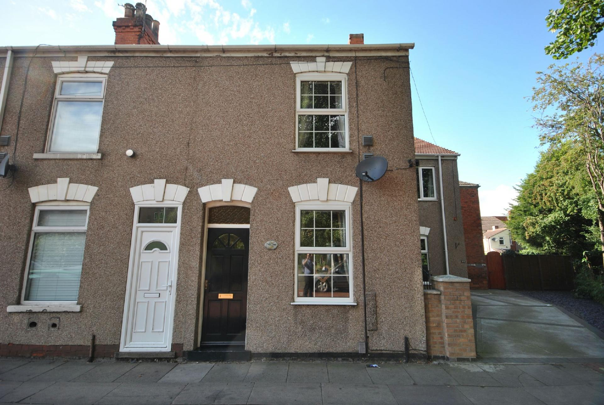 2 bedroom terraced house for sale in grimsby